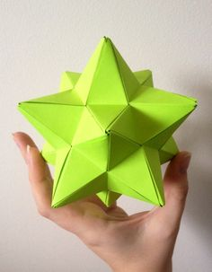 Lesser Stellated Dodecahedron made from the Super Simple Isosceles Triangle Unit designed by M. Mukhopadhyay - http://thisismyorigami.tumblr.com/