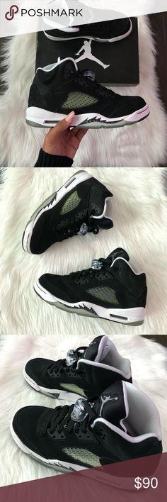 Air Jordan Retro 5 Air Jordan Retro 5 Oreos Black   White Size  5.5Y 6c2e4c93e