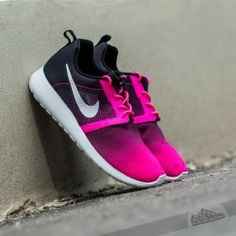 Nike Roshe One Flight Weight GS Pink Pow/ White-Black