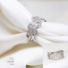 Code: R10301 اندازه انگشتر:  ١٧ وزن: ٥ گرم قيمّت: ٨٠/٠٠٠ تومان❌  مشخصات: انگشتر نقره، نگين اتمي  #جواهرات #زيورآلات #هديه #مد #دختر #زيبا #ولنتاين#نقره اي اي#انگشتر#گوشواره#عروسي#تولد#گردنبند  #Swarovski  #Goldplate #accessories #brilliant #girls #jewelry #gift #beautiful #valentine #birthday #married #silver  تلفن جهت سفارش:  ٠٩٣٧٤٦٦٧٧٥٧ ٨٨٥٣٤٦٤١-٠٢١ Telegram: 09213179872