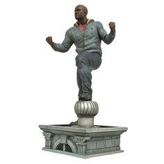 BLOG DOS BRINQUEDOS: Marvel Gallery Luke Cage Statue