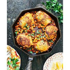 Pan-Seared Chicken with Harissa Chickpeas - Healthy Dinner Recipe from Kitchen Konfidence Chickpea Recipes, Healthy Recipes, Healthy Snacks, Delicious Recipes, Easy Recipes, Easy Meals, Wine Recipes, Cooking Recipes, Skillet Recipes