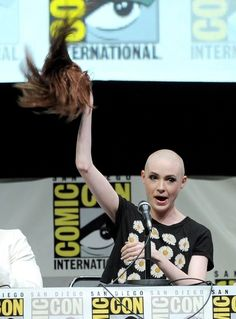 Karen Gillan Revealed Her New Bald Head In The Most Epic Way Possible
