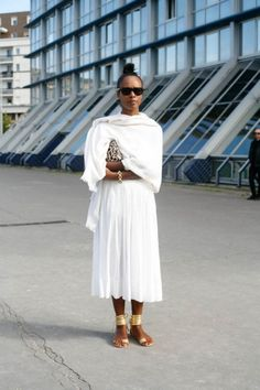 Shala Monroque at Paris Fashion Week Bold Fashion, Paris Fashion, High Fashion, African Diaspora, White Outfits, Girl Crushes, Style Icons, Armoire, What To Wear