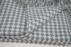 Luxusná deka z merina pepito – aqua Louis Vuitton Damier, Blankets, Aqua, Pattern, Bags, Handbags, Water, Patterns, Blanket