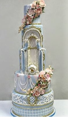 Blue tiered flowers and pearls cake - Beautiful Cakes - Wedding Cakes Crazy Wedding Cakes, Crazy Cakes, Beautiful Wedding Cakes, Gorgeous Cakes, Pretty Cakes, Amazing Cakes, Unique Cakes, Creative Cakes, Pearl Cake