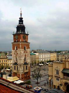 Kraków z dachów: Rzut oka na krakowski rynek: Wieża ratuszowa