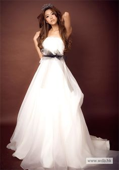 rustic weddin Charming Strapless Hand Made Flower Falbala Lace-Up Wedding Dress $218.98