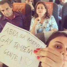 """Em """"Selfie Anti-homofobia"""", Silas Malafaia é alvo de protesto na Internet"""
