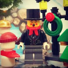 Male Caroler (Tuxedo Shirt and Gold Watch Fob) Lego Minifigure (Winter Toy Shop)  Merry Christmas - Happy Christmas countdown: don't forget to listen to www.merrychristmasradio.net @merrychristmasradio  #lego #legostagram #legophotography #legominifigures #legomania #legogram #legominifigure #legography #legophoto #legolife #legofan #afol #lego365 #legominifigs #legobricks #legoman #legolove #legominifig #legolover #minifigures #instalego #minifig #minifigure #minifigs #toyphotography…