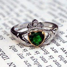Claddagh ring with an emerald