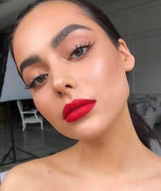Suzi Lipstick Product Breakdown Using all 🌹 Beauty flash balm ✨ Instant light., Product Breakdown Using all 🌹 Beauty flash balm ✨ Instant light. Product Breakdown Using all 🌹 Beauty flash balm ✨ Instant l. Makeup Goals, Makeup Inspo, Makeup Inspiration, Makeup Tips, Beauty Makeup, Makeup Ideas, Makeup Hacks, Drugstore Makeup, Makeup Blog