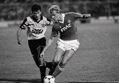 """Jonas Thern, antigo """"trinco"""" do Benfica."""