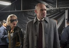 "Arrow -- ""Reset"" -- Image Number: -- Pictured (L-R): Katie Cassidy as Laurel Lance/Black Siren and Paul Blackthorne as Quentin Lance -- Photo: Colin Bentley/The CW -- © 2019 The CW Network, LLC. Dinah Drake, Black Siren, David Ramsey, Dinah Laurel Lance, Arrow Cw, Supergirl 2015, Lance Black, Dc Tv Shows, Black Lightning"