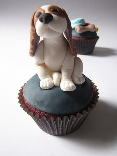 Cavalier King Charles Spaniel Cupcake By clevercupcakes