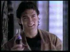 Does any one remembers this Pepsi advertisement. we tried to do the actions during school days. slipping. Brings back those early 90s memories.