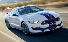 BmotorWeb: Ford Mustang Shelby GT350 2016