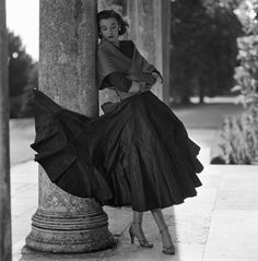 Modelling for British Vogue 1952 - Wenda Parkinson