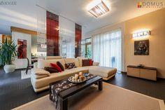 Müüa esinduslik maja, millel kaunis auhinnatud iluaed. Maja sisekujundus on kavandatud disaineri poolt.   Maja müüakse koos kogu mööbli- ja sisekujunduselementidega (valgustid jpm.)    HOONE KONSTRUKTIIVNE LAHENDUS  2005. aastal valminud maja on ehitatud kvaliteetsetest materjalidest. Hoone pohikonstruktsioonid: vundament - plaat,  kandekonstruktsioon - väikeplokk, vahelaed - monolit r\b, katuslagi - puit, välissein - väikeplokk, katuse kate - rullmaterjal, välisviimistlus - puhasvuuk tellis…