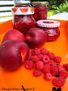 Can the can - marmeladia vadelmista ja nektariineista Plum, Canning, Fruit, Food, Meal, The Fruit, Essen, Hoods, Home Canning