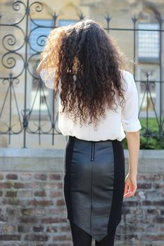 Du hast nach leather gesucht – Fashionblog & Style Diary by Ranim Helwani Sexy High Heels, Leather Mini Skirts, Leather Skirt, Black Skirts, Street Fashion, Babe, Ootd, Style Inspiration, Inspired