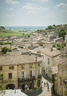 Saint-Emilion: The French wine town that's even more beautiful than Bordeaux