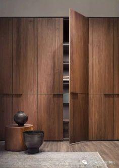 ideas for closet door design bedrooms storage ideas Wardrobe Door Designs, Wardrobe Design Bedroom, Bedroom Furniture Design, Wardrobe Doors, Wardrobe Closet, Closet Designs, Walk In Closet Design, Wardrobe Laminate Design, Bedroom Door Design