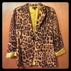 Leopard print one-button blazer Fully-lined blazer with chartreuse lining. Very lightweight, can be used all year round. 97% cotton 3% spandex. Can be rolled up to reveal the lining color or worn without it rolled. Runs small, label shows Large. Would be comparable to a women's size 6. 2 flat front pockets. Measurements on request. Better B Jackets & Coats Blazers