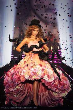 ドレスすごい!