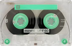 Maxell UR-F60 - www.remix-numerisation.fr - Rendez vos souvenirs durables ! - Sauvegarde - Transfert - Copie - Digitalisation - Restauration de bande magnétique Audio - MiniDisc - Cassette Audio et Cassette VHS - VHSC - SVHSC - Video8 - Hi8 - Digital8 - MiniDv - Laserdisc - Bobine fil d'acier - Micro-cassette - Digitalisation audio - Elcaset
