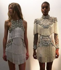 Balmain mini dresses with fringe and embellishments runway fashion couture, ornate details, rhinestone lace, retro flapper dresses Haute Couture Style, Couture Mode, Couture Fashion, Runway Fashion, High Fashion, Fashion Show, Fashion Design, Beautiful Dresses, Nice Dresses