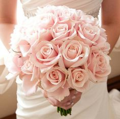Simple but very beautiful light pink  wedding bouquet of roses that would look perfect with my sparkley dress