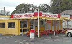 Willies Wee-Nee Wagon The best burger I have ever had. Brunswick, Georgia Someone commented on the original post that they have the best pork chop sandwiches in the world. Georgia Girls, Georgia On My Mind, Pork Chop Sandwiches, Brunswick Georgia, Jekyll Island Georgia, St Simons Island, Ga In, Good Burger, Low Country