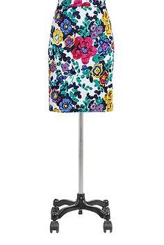 I <3 this Vivid floral print pencil skirt from eShakti #eShakti and #eShaktiSpringItOn Soo cute