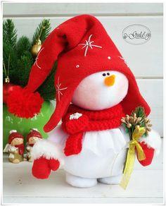 Handmade Christmas Decorations, Felt Christmas Ornaments, Xmas Decorations, Christmas Snowman, Holiday Crafts, Christmas Crafts, Christmas Stockings, Holiday Decor, Diy And Crafts