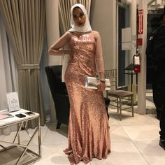 Event Dresses, Prom Dresses, Formal Dresses, Muslim Prom Dress, Muslim Girls, Beautiful Hijab, Issa, Chic Outfits, Fashion Inspiration