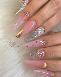 What manicure for what kind of nails? - My Nails Aycrlic Nails, Glam Nails, Bling Nails, Hair And Nails, Faded Glitter Nails, Cute Acrylic Nail Designs, Best Acrylic Nails, Nagellack Design, Fire Nails
