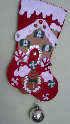 ENFEITE DE NATAL BOTA Christmas Crafts, Christmas Decorations, Holiday Decor, Needle Felting Tutorials, Felt Crafts, Christmas Stockings, Decoupage, Arts And Crafts, Santa