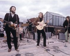 THE BEATLES ON THE ROOFTOP CONCERT 1969 8X10 PHOTO #101 | eBay