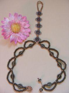 Macrame Barefoot Sandal Beige Anklet flower pendants Bridal Yoga Beach Wedding Bellydance hippie boho gypsy festival. €16.00, via Etsy.