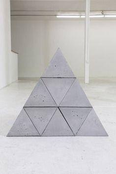 9 Triangular Blocks     -     2014    -      Bhakti Baxter    -    https://www.artsy.net/artist/bhakti-baxter