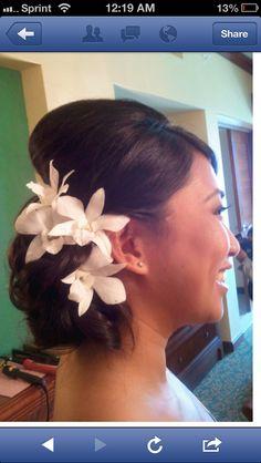 Hawaiian wedding hair? Flowers to match white dress?