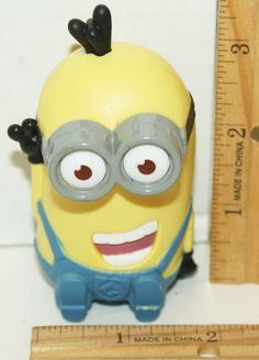 DESPICABLE ME 2 MINION TIM GIGGLING SOUND MCDONALDS HAPPY MEAL TOY FIGURE 2013 #UniversalStudios