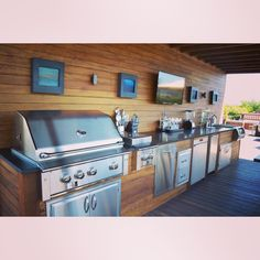 Don't mind us, we're just here obsessing over these outdoor kitchens! ♨️#outdoorcooking #outdoorliving #chicagoroofdeck