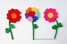FREE Flower Heart Applique pattern (Crochet) - Pinned by intheloopcrafts.blogspot.co.uk