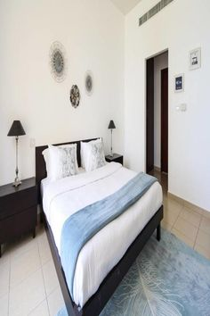 Located in Dubai, within a walk of The Walk at JBR and 5 miles of Gurunanak Darbar Sikh Temple, Frank Porter - Rimal 1 offers accommodations with. Cable Channels, Free Wifi, Outdoor Pool, Conditioning, Washing Machine, Microwave, Benefit, Dubai, Temple