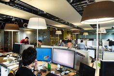 Iluminación de oficinas. Diseño de oficinas. Google Campus, Dublin.