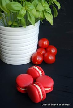 Macarons tomate-chèvre-basilic