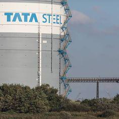 Gas Silo Tata Steelworks Port Talbot Glamorgan. #ukcoastwalk Photo: Quintin Lake www.theperimeter.uk