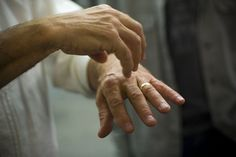 Why young journalists should write about arthritis